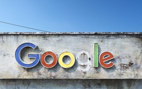 Social Decay Google: Found and Lost? Andrei Lacatusu