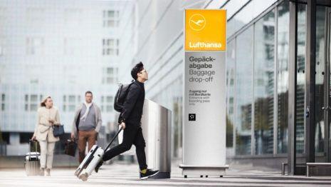 Lufthansa Logo Schild