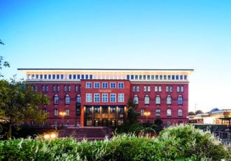 Campus Hamburg global university systems