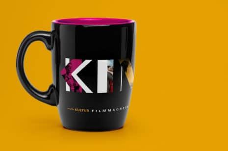 6-MDR-Mitteldeutscher-Rundfunk-Corporate-Design-Filmmagazin-Kino-Royal-onair-Design-Screendesign-Sendung-Werbemittel-Tasse-mit-Logo.jpg