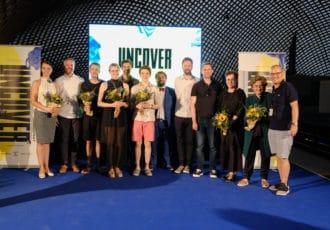 UNCOVER Designpreis 2018: Gruppenbild der Gewinner mit den Preisstiftern des Designfeste Copyright: Florian Nitschke