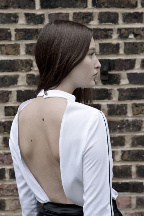 Krefelder Laufmasche: Rücken mit Durchblick