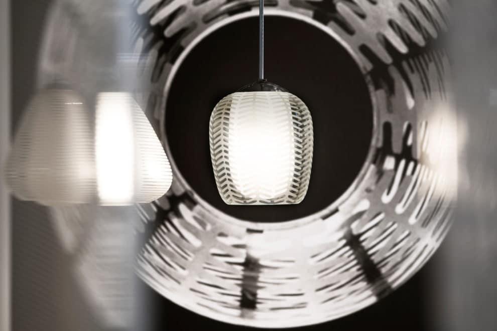 wilhelm wagenfeld leuchten designbote. Black Bedroom Furniture Sets. Home Design Ideas