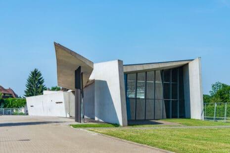 Die Feuerwache des Vitra-Campus, Weil am Rhein von Zaha Hadid.