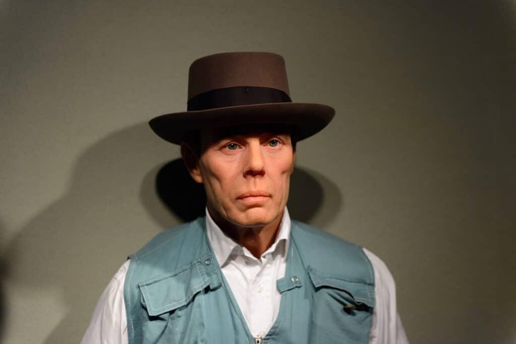 Joseph Beuys als Wachsfigur im Madame Tussauds Berlin
