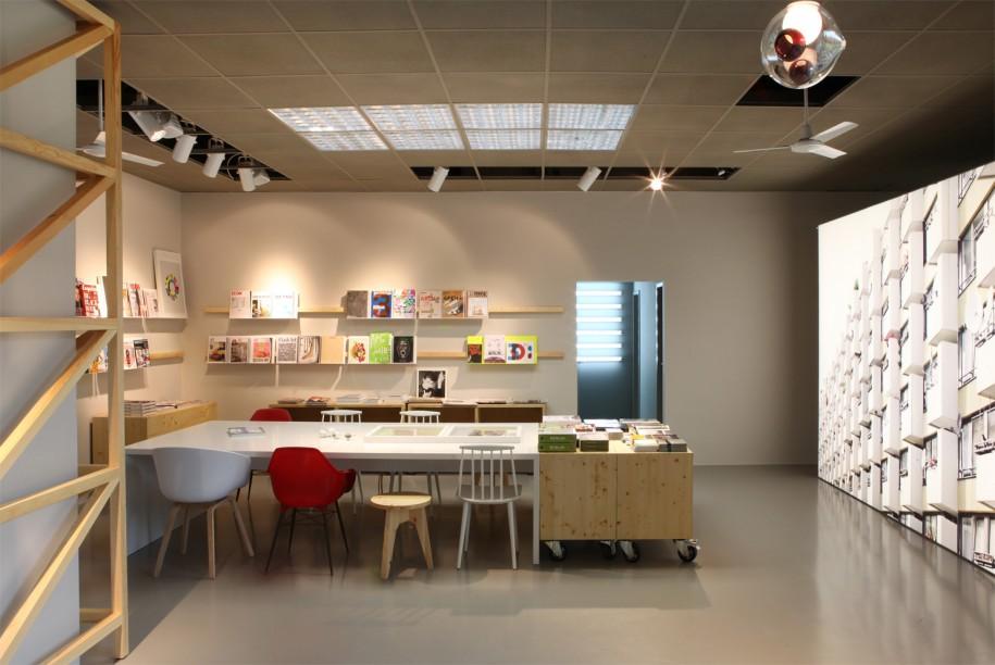 westberlin coffeebar mediashop designbote. Black Bedroom Furniture Sets. Home Design Ideas